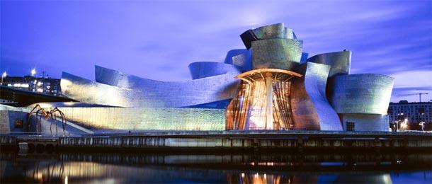 Il Guggenheim di Bilbao - foto travel.sndimg.com